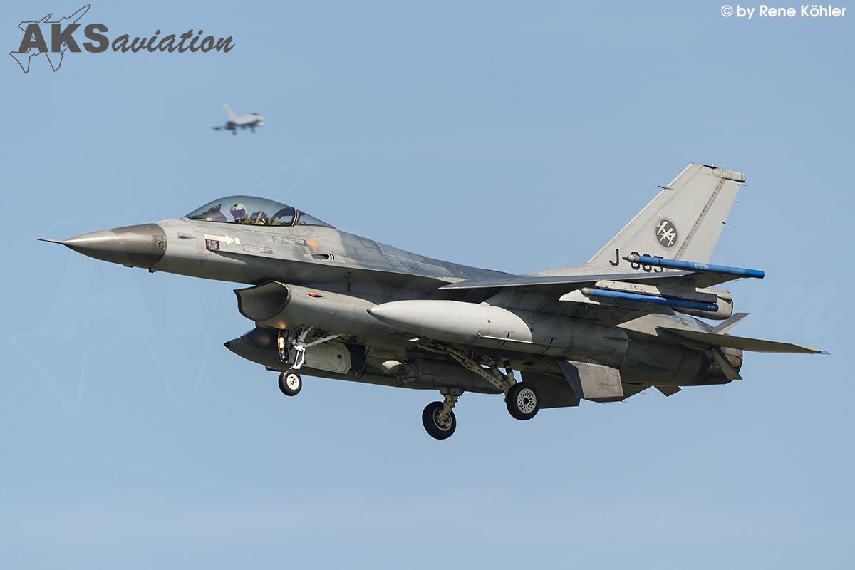 F-16AM J-005 001 aks