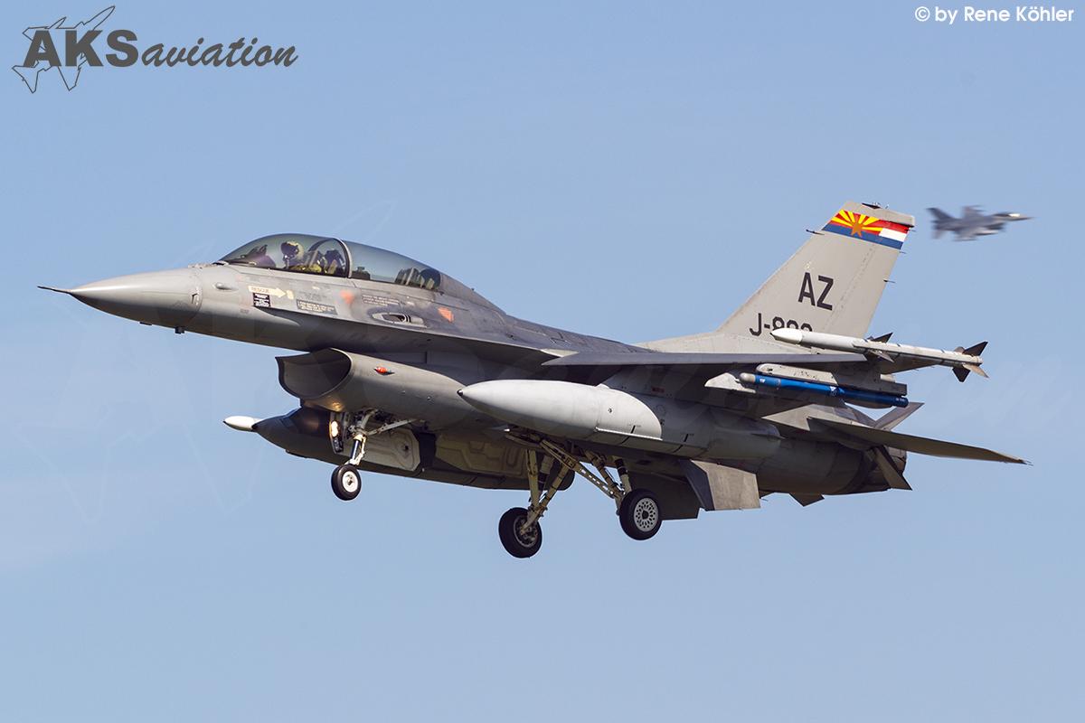 F-16AM J-882 001 aks