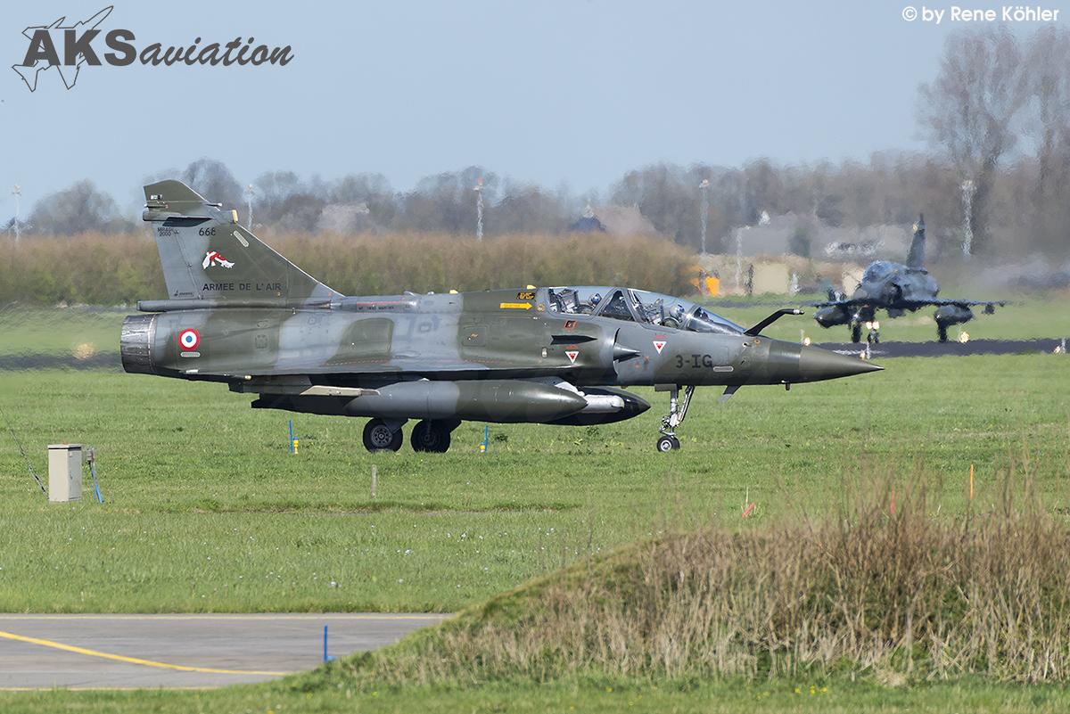 Mirage 2000D 668 3-IG 001aks