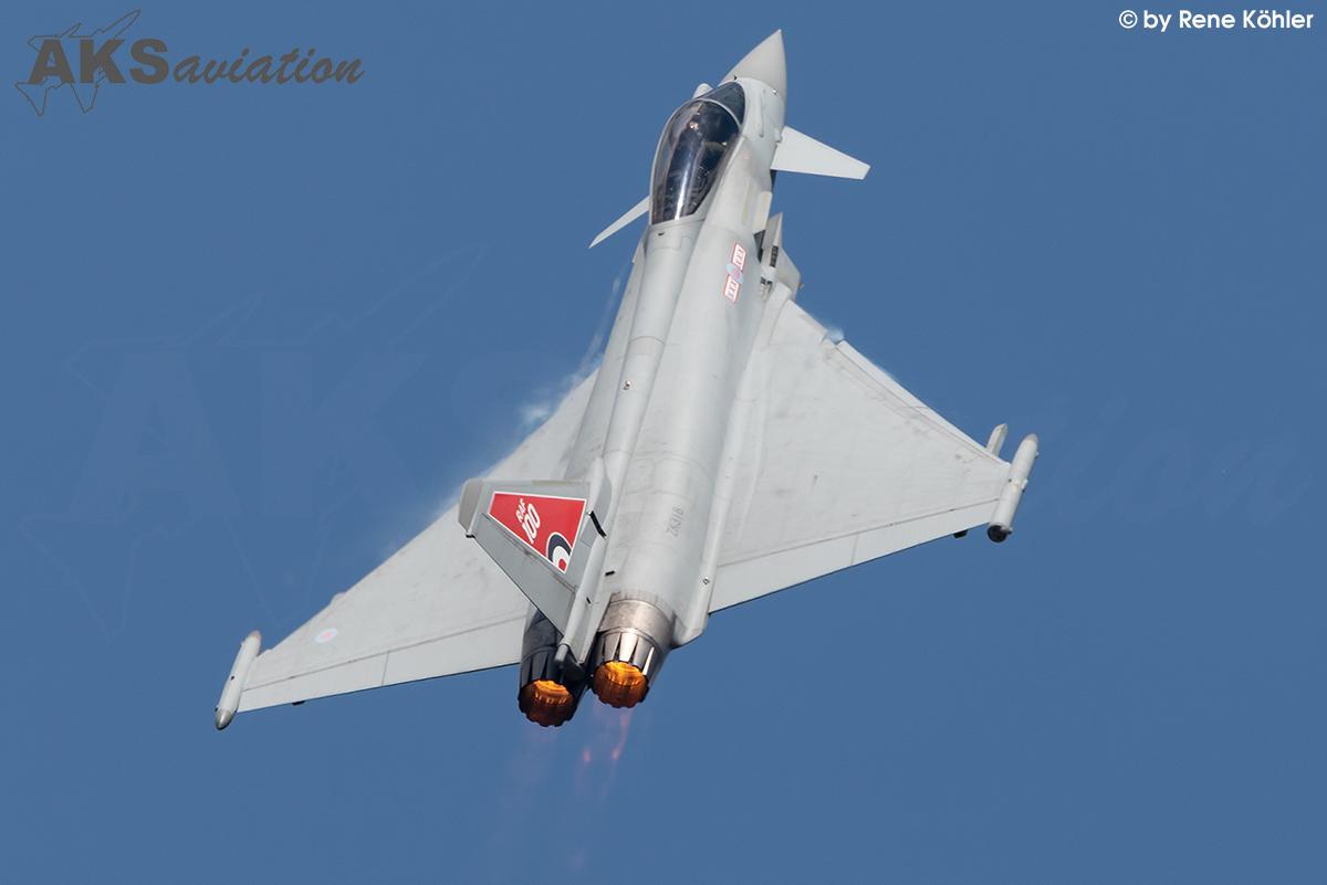 ZK318 Typhoon GR4 001 aks